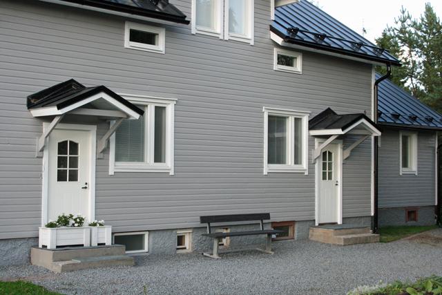 Maalatut ja korjatut sisäänkäyntien katot